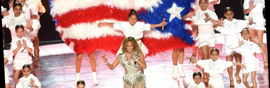 Jennifer Lopez And Daughter Shade Donald Trump During -9459